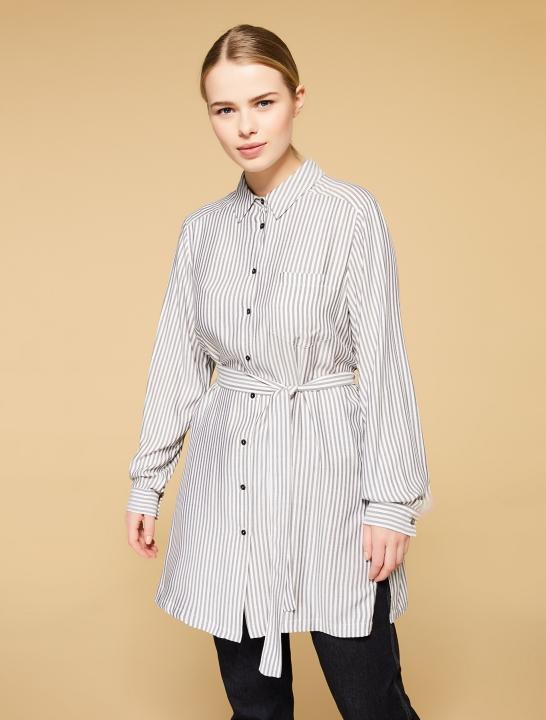 310d4fad STRIPET SKJORTE-FIOCCO - Pip Stormote • Nettbutikk for klær i store ...