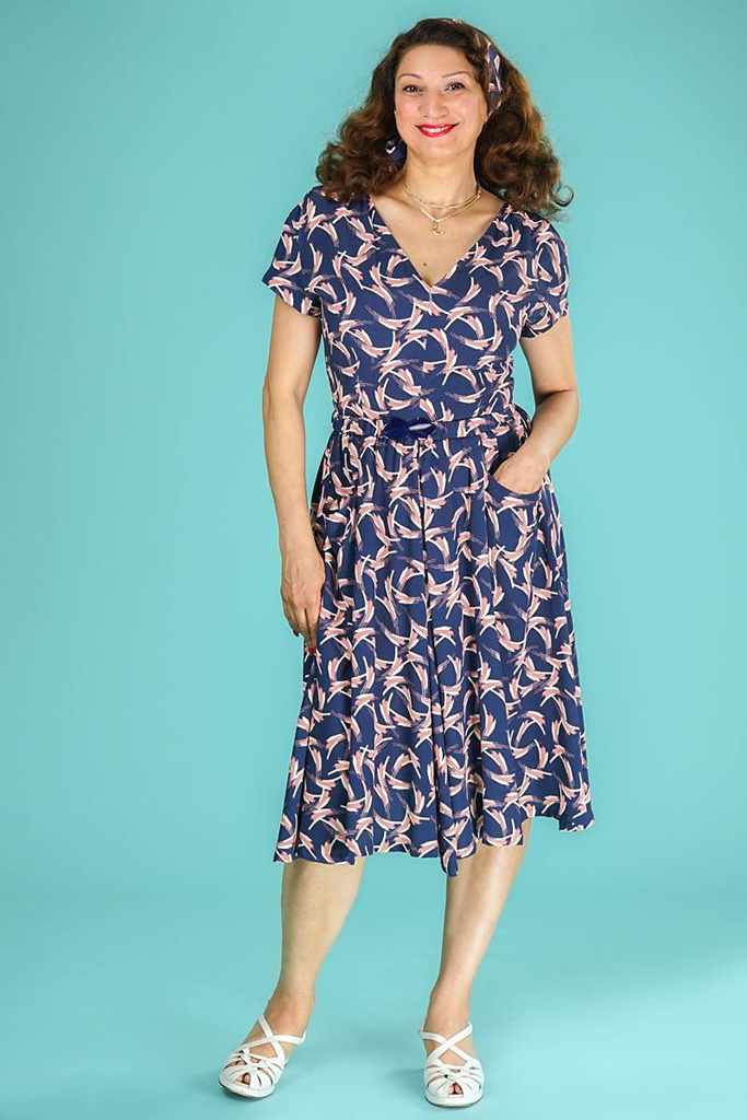 ec2d61f5 THE PICTURE PERFECT DRESS - Pip Stormote • Nettbutikk for klær i store  størrelser